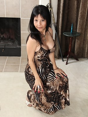 Mature Dress Porn Pictures